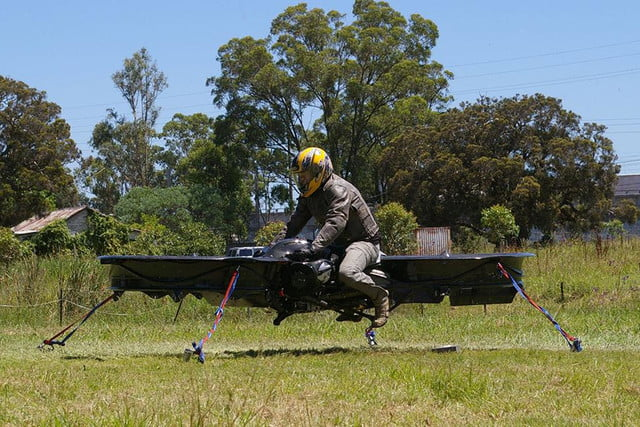 www digitaltrends comcool techu s department of defense soldiers flying hoverbikes hoverbike kickstarter chris malloy 5