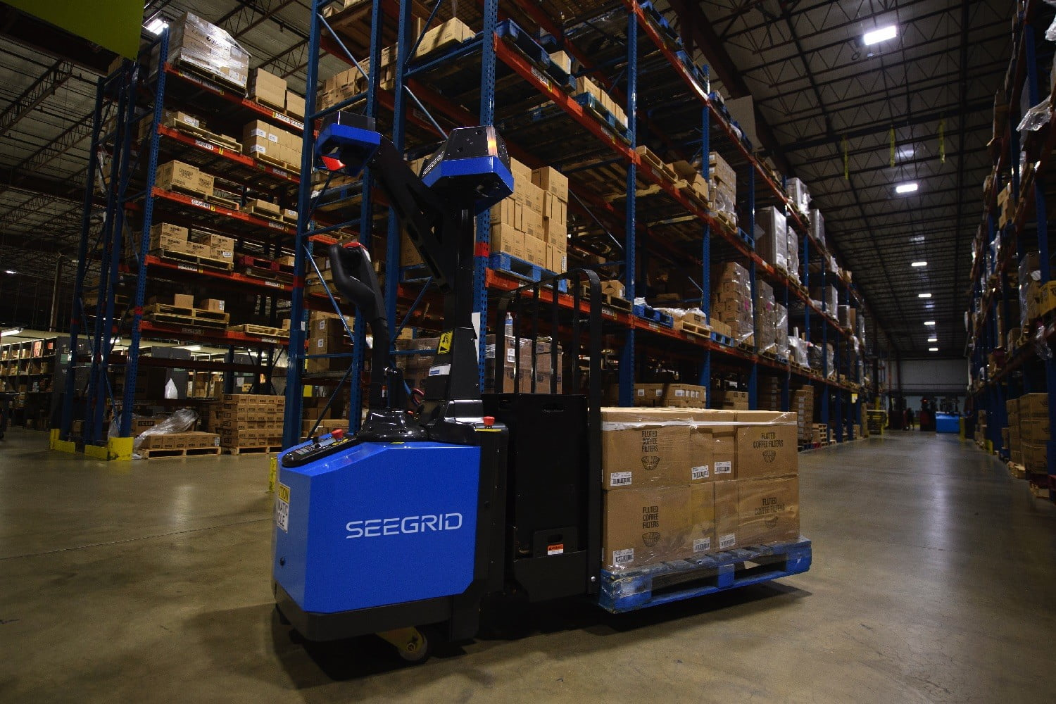 Self Driving Forklift Takes The Human Factor Out Of Warehouse Work