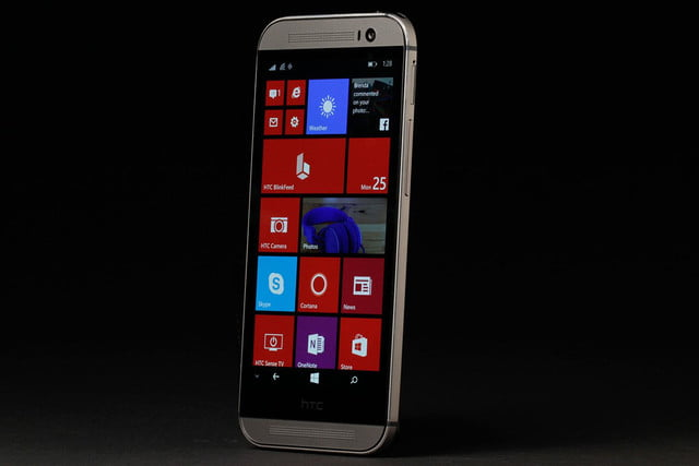 HTC ONE M8 Windows front left angle