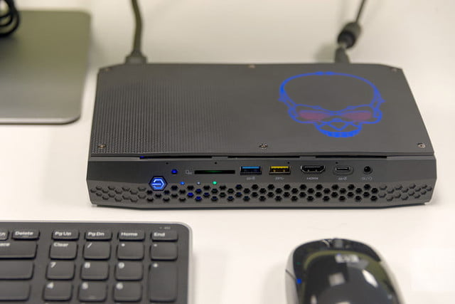 Intel Hades Canyon Nuc8i7hvk Review Digital Trends