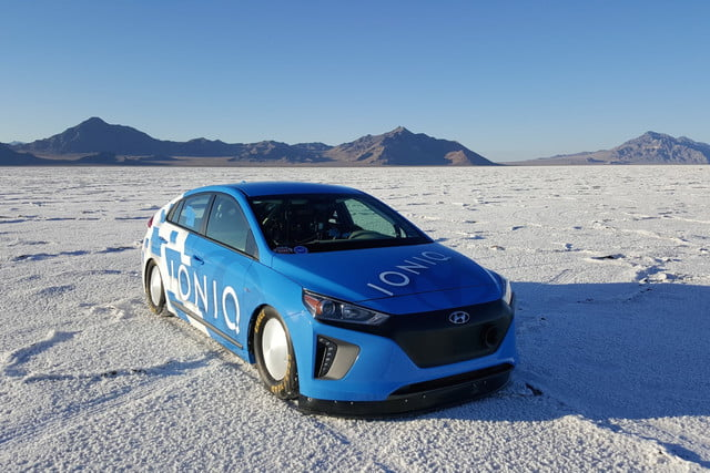 Hyundai Ioniq Hybrid land speed record car