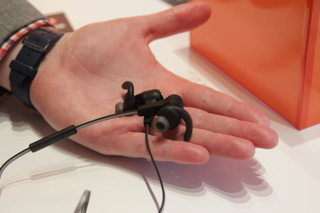 jbl drops synchros and reflect headphone lines bt 2