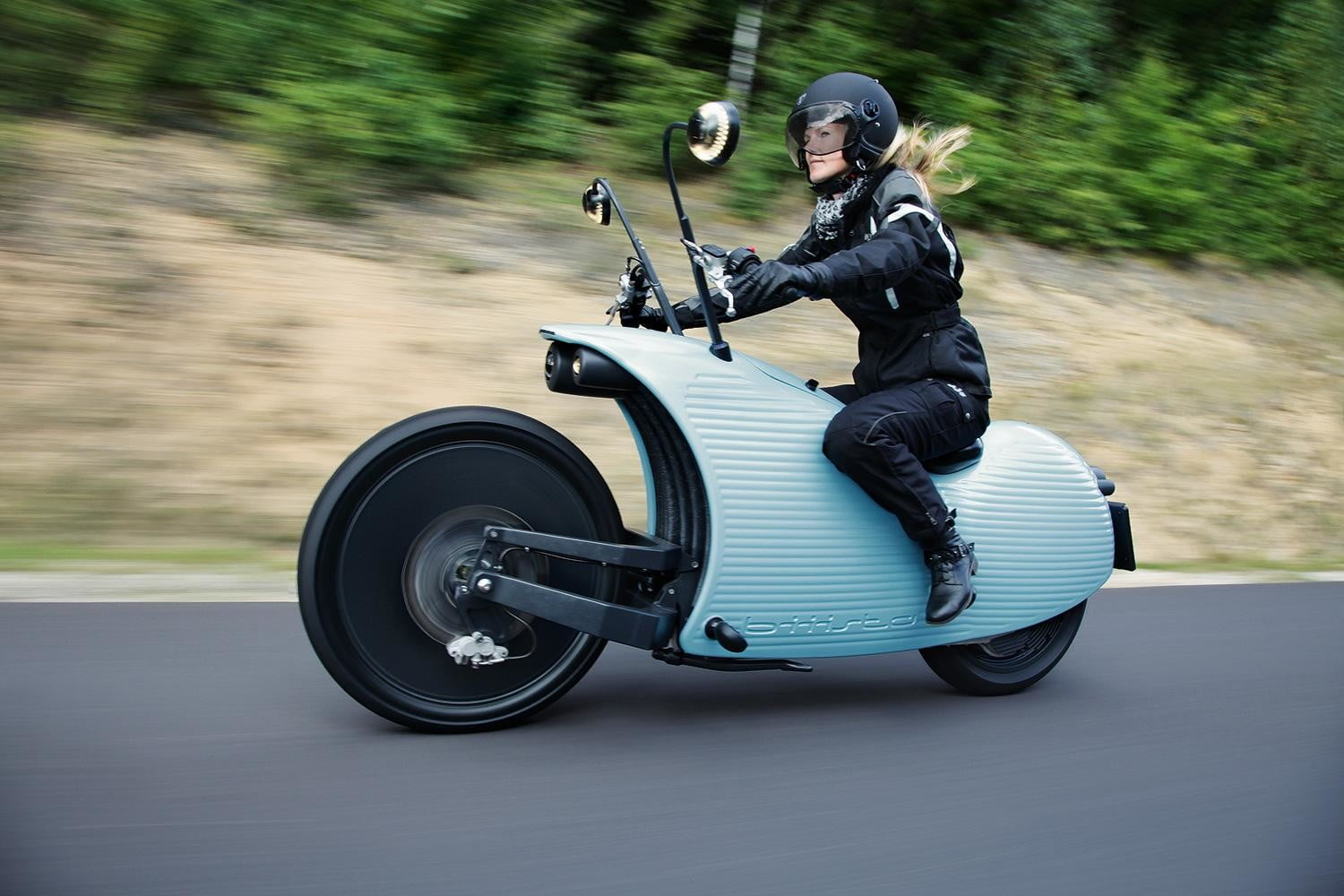 Johammers bizarre j1 electric motorcycle is sure to turn heads johammers bizarre j1 electric motorcycle is sure to turn heads digital trends fandeluxe Choice Image