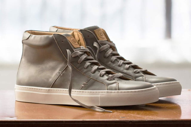 Keep it clean with our favorite shoes for spring