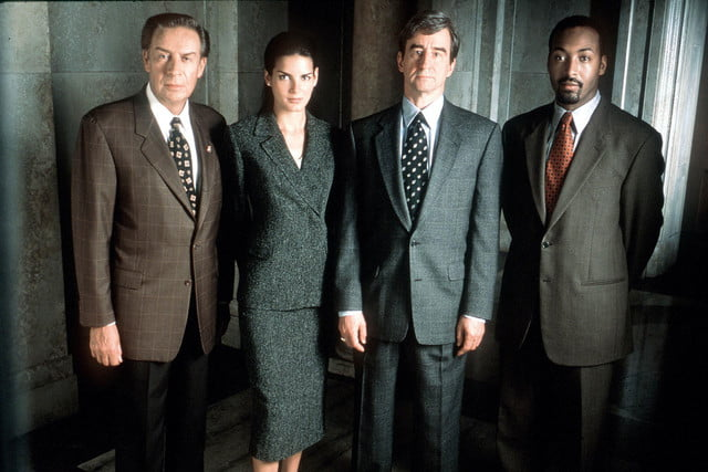 longest running scripted primetime tv shows us law  order 1990