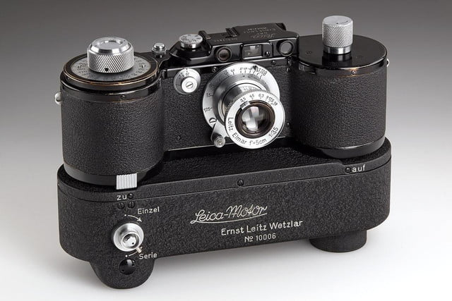 100 years leica auction marks renown camera makers anniversary rare items motor mooev