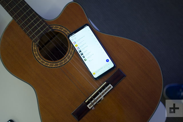 lg g7 thinq hands on guitar
