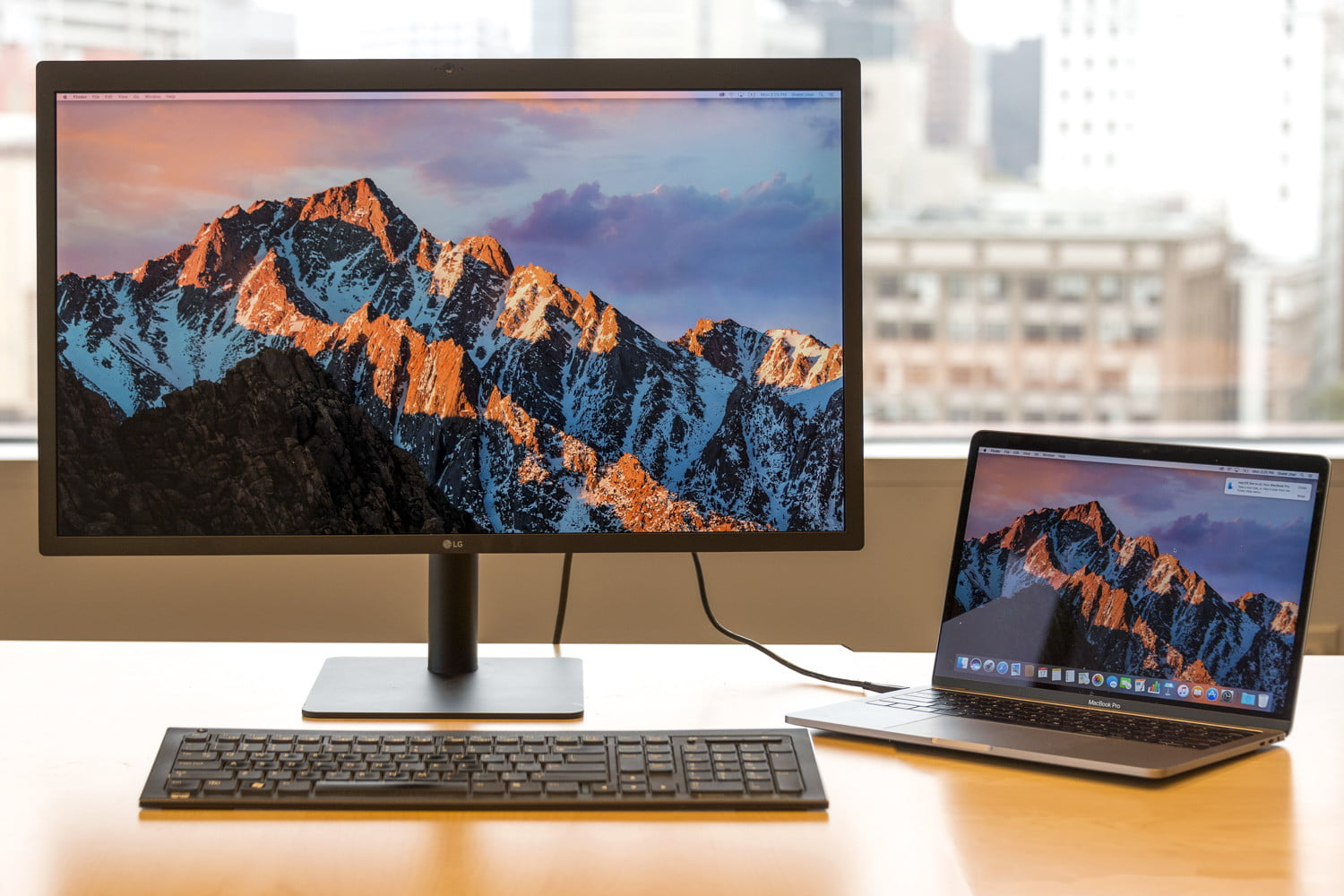 LG Ultrafine  5K Display Launched Powerful Feature Updated to Connect Macbook Pro, iPAD Pro Devices