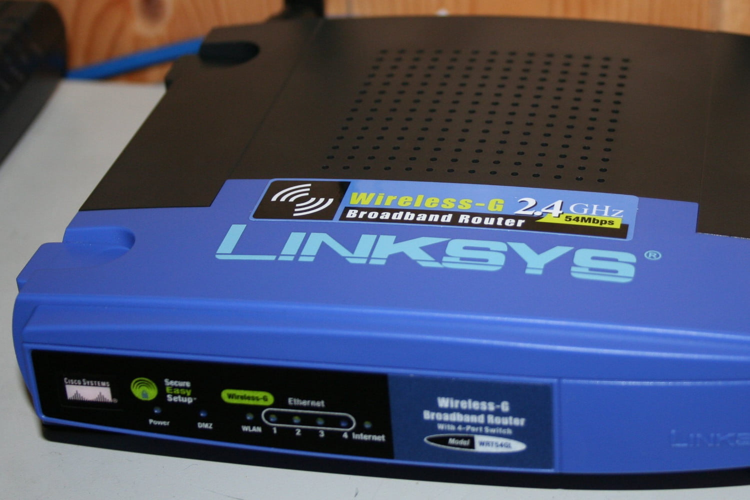 An 11-Year-Old Wireless-G Linksys Router Is Still A Hot Seller | Digital  Trends