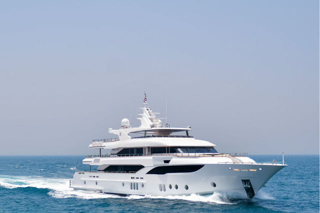 luxury yachts the worlds best super majesty 155 1
