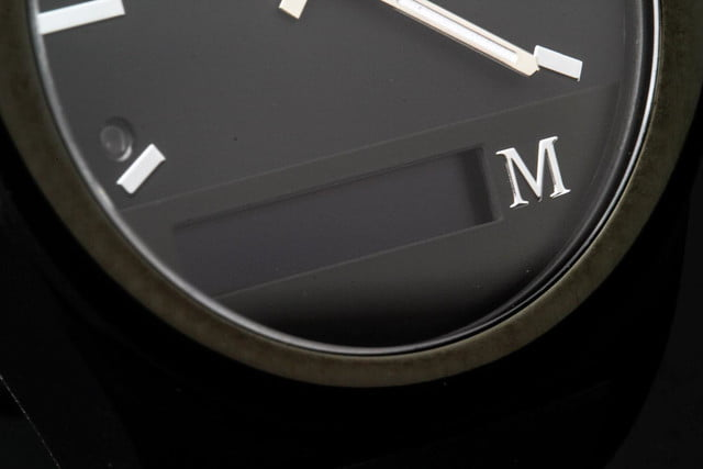 Martian Notifier Watch review macro hands