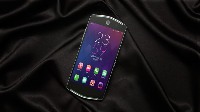 with a 21 megapixel front facing camera the meitu v4 ensures your trip to selfie heaven 2