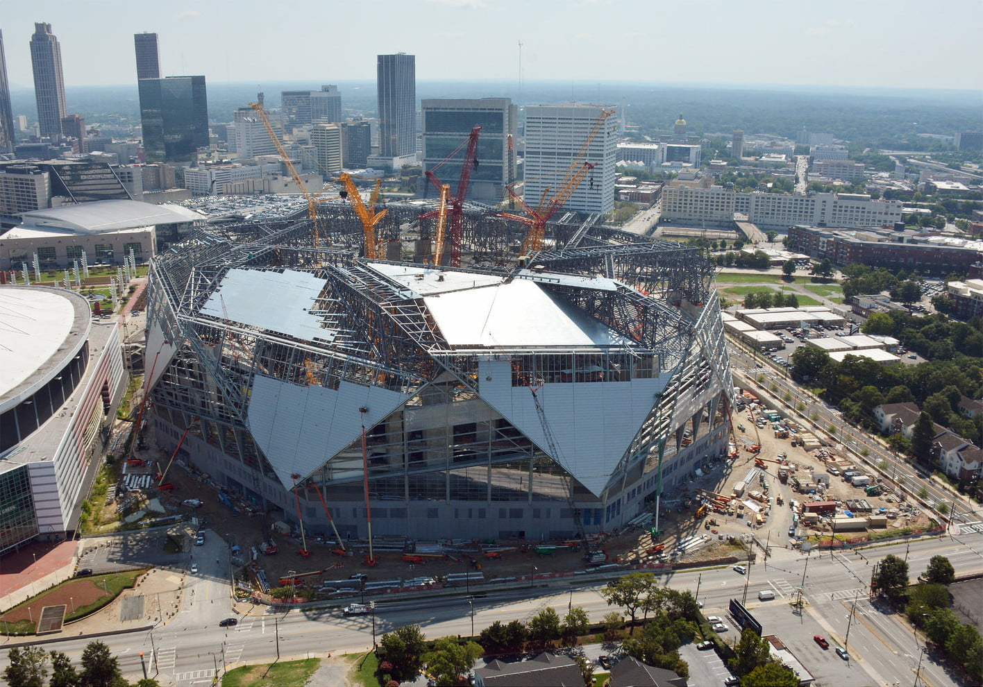 Dt10 fans and players compete for stardom in future for Who owns mercedes benz stadium