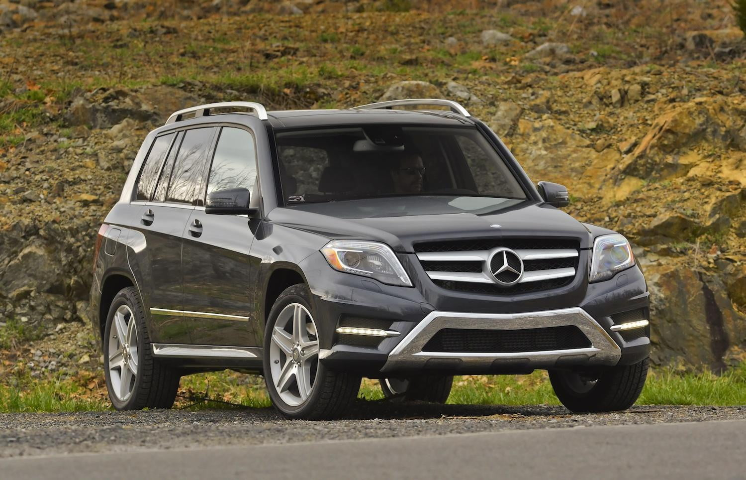 mercedes benz prices the diesel powered glk250 bluetec 4matic at 38 590 digital trends. Black Bedroom Furniture Sets. Home Design Ideas