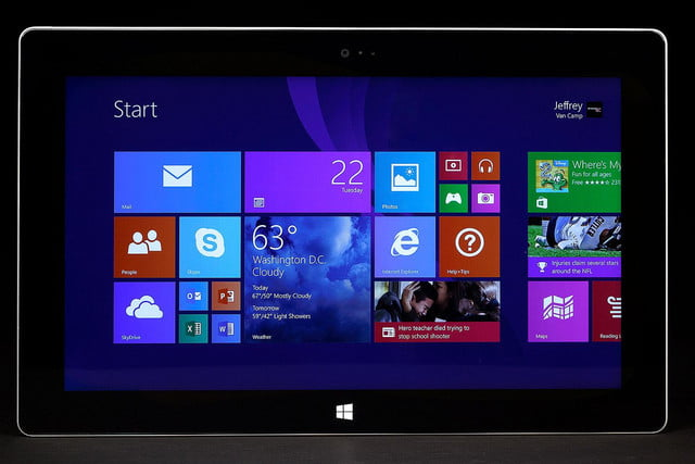 Microsoft Surface 2 front start screen