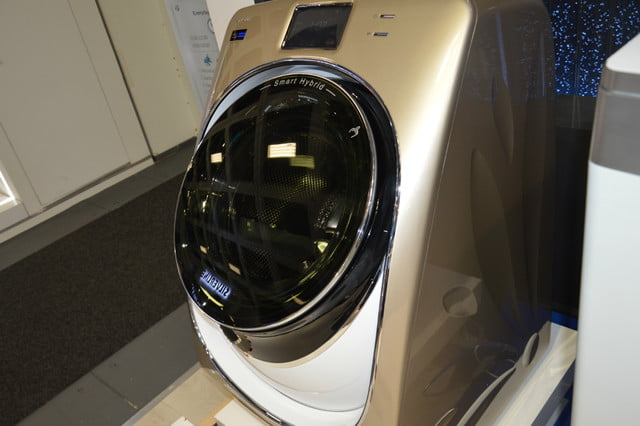 cool washers and dryers from ifa 2016 midea beverly washer tilted up
