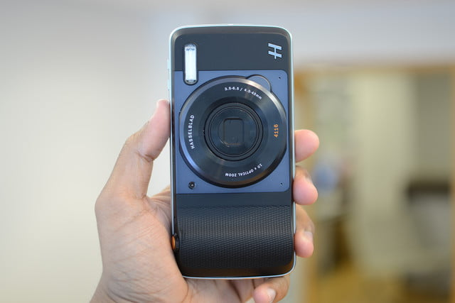 lenovo moto z play droid hands on and hasselblad mod 4
