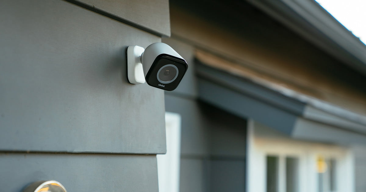 Vivint Smart Home Reviews >> Vivint's Latest Home Security Camera Is Infused With Artificial Intelligence | Digital Trends