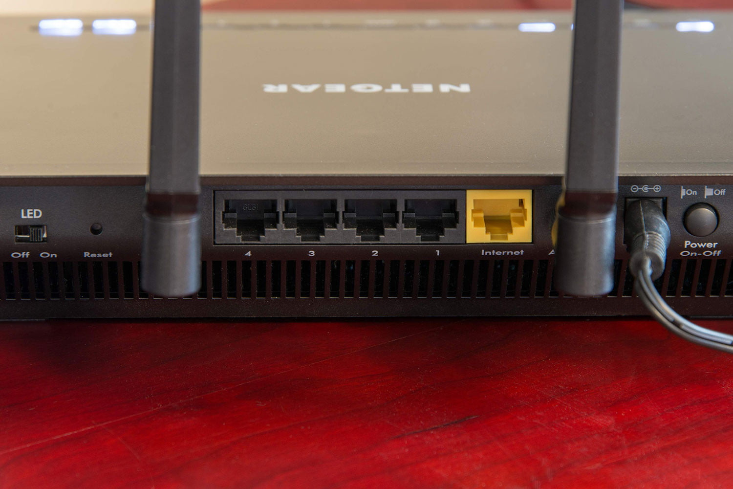 How To Set Up A Wireless Router Digital Trends Cable Modem With Connection On Home Tv Wiring Netgear Nighthawk Ac2600
