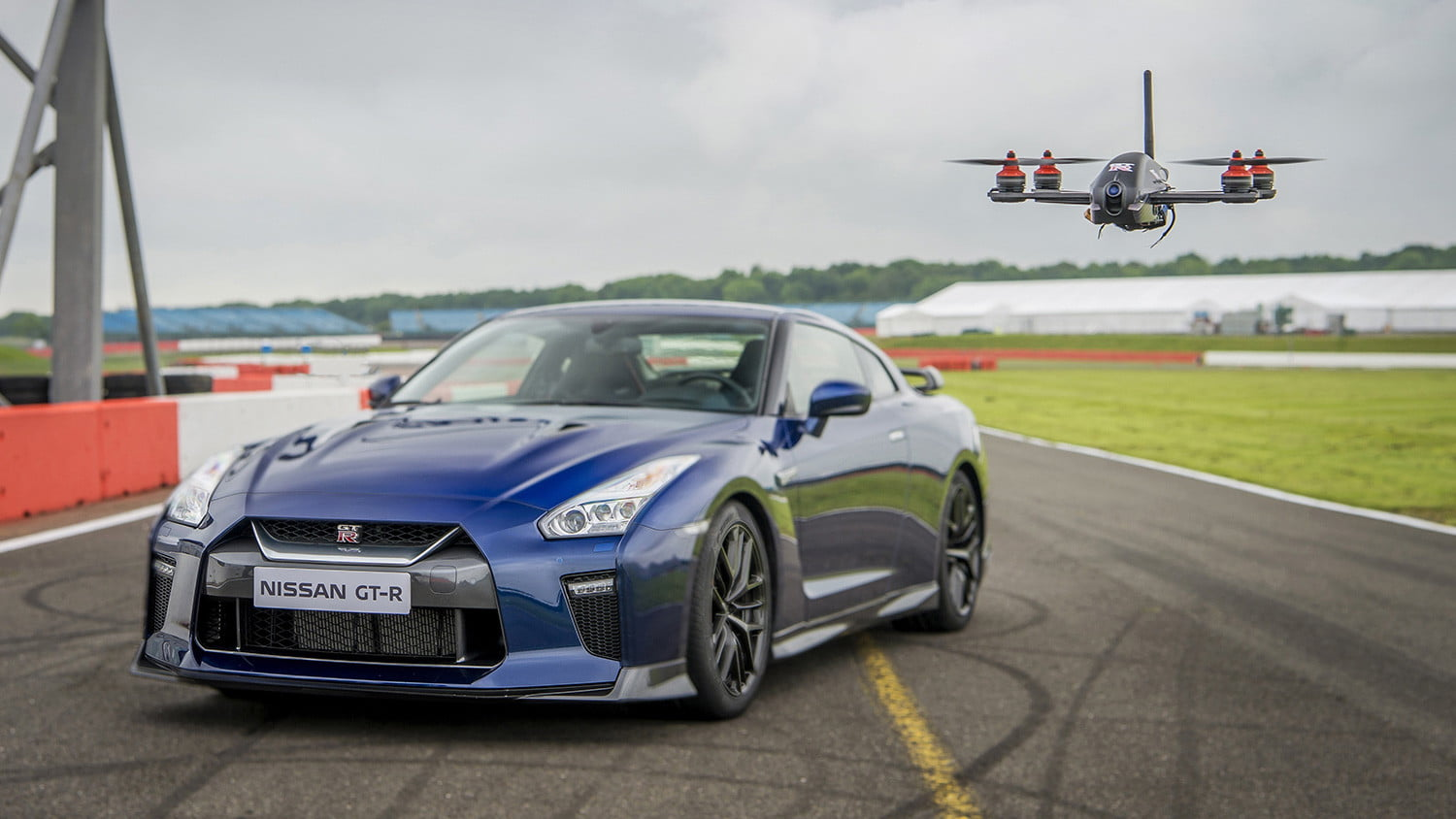 Nissan Gt R Track Drone Pictures Video Specs Digital Trends