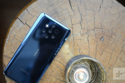 Nokia 9 PureView Vs  Samsung Galaxy S10e | Spec Comparison