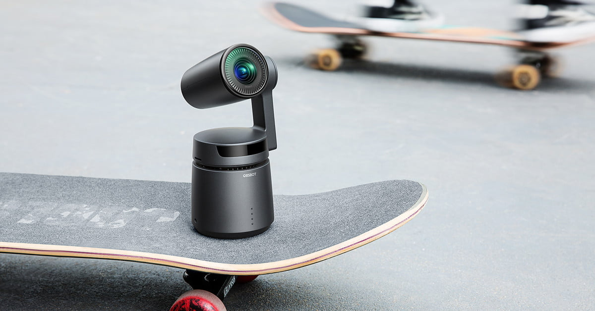 This A.I.-powered camera follows the action to produce epic selfie videos