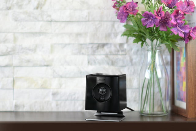 oomi is a tap and touch smart home hub connected system cube photo1