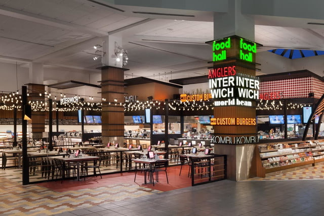 otgs techie food hall at laguardia airport is one of first to accept apple pay otg terminalc 2