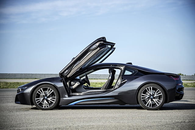 2015 Bmw I8 Official Specs Photos And Performance Digital Trends