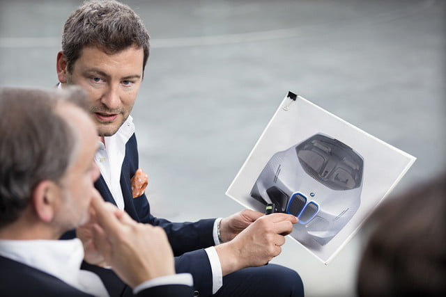 bmw vision next 100 news specs pics performance p90212329 highres