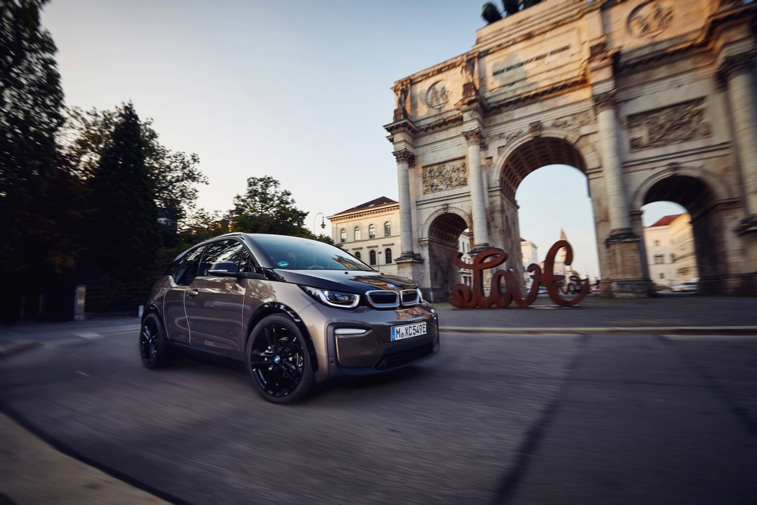 Weny News 2019 Bmw I3 Electric Car Gets A Bigger Battery Pack