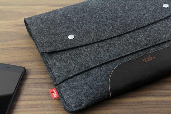 new arrival b20e8 78453 The Best MacBook Air Cases and Covers | Digital Trends