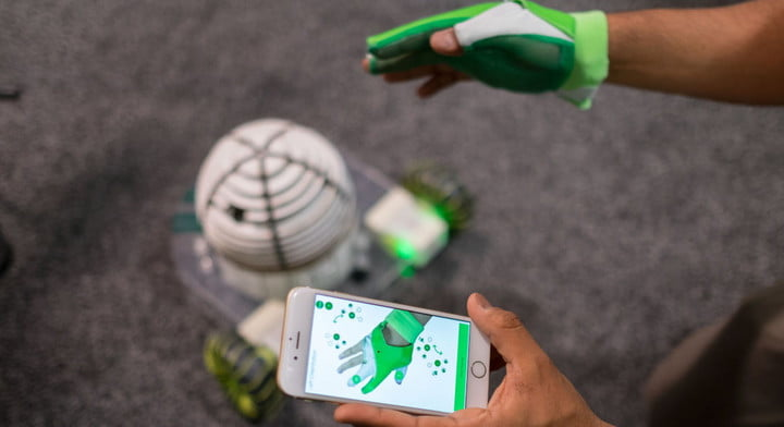 Control your robot with the Ziro smart glove