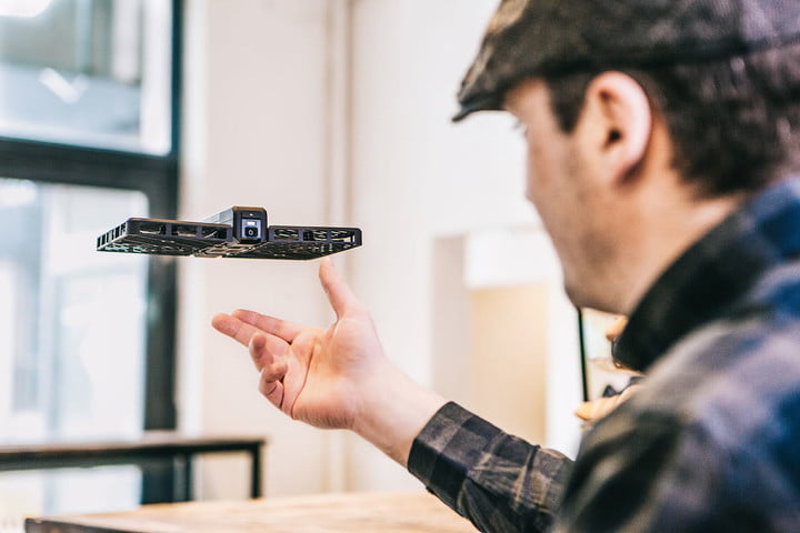 Hover Flying Camera is Like Having Your Own Paparazzi