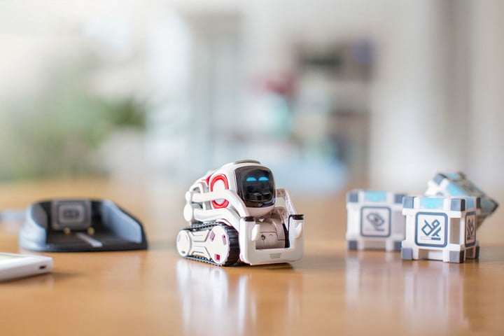 Anki's Cozmo Is an Awesome Little Robot Powered by AI