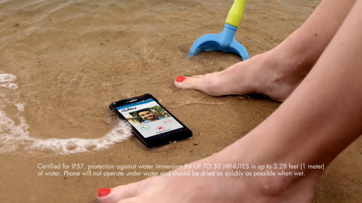 Kyocera Announces The Waterproof Hydro Shore