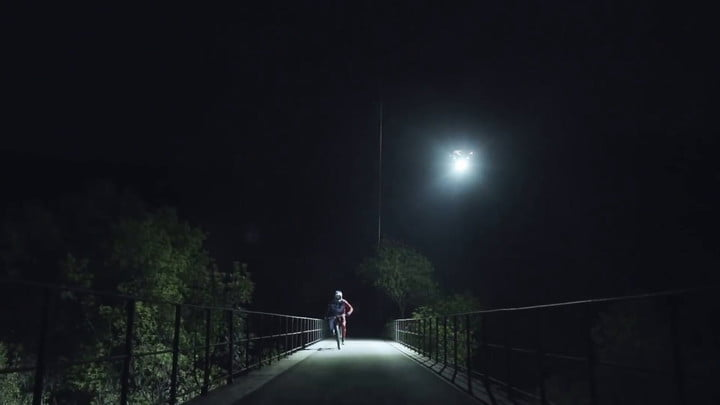 Mountain Biker Loic Bruni Uuses LED-Equipped Drones to Bike at Night