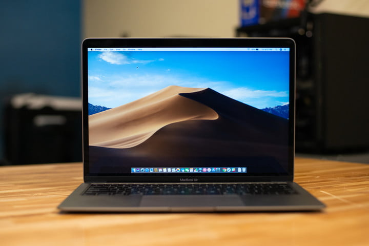 The MacBook Air plays the oldies we love, but the band is getting old