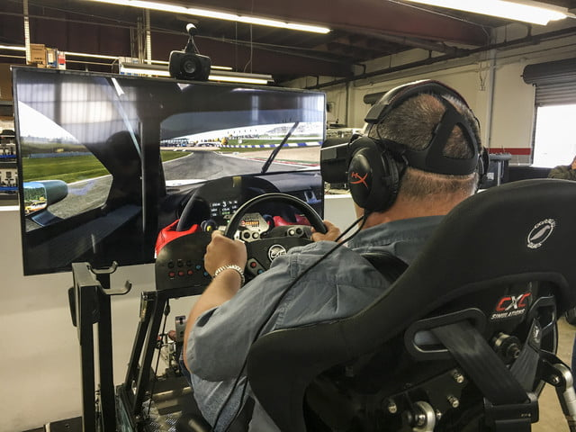we played project cars 2 in a gigantic racing simulator projectcars2 testdrive 396 1