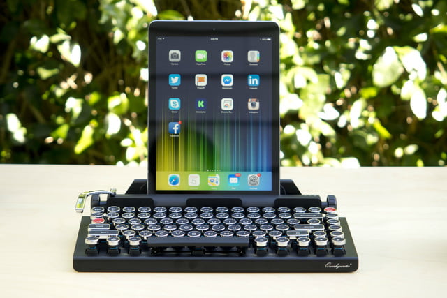 meet the keyboard that turns your tablet into a typewriter kinda qwerkywriter frontwithipad