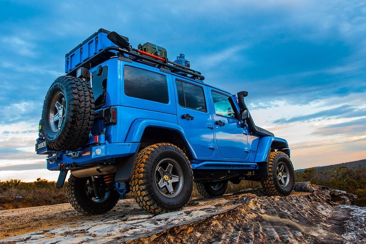 Add cargo capacity to your Jeep Wrangler with this modular roof rack system & Add cargo capacity to your Jeep Wrangler with this modular roof ...
