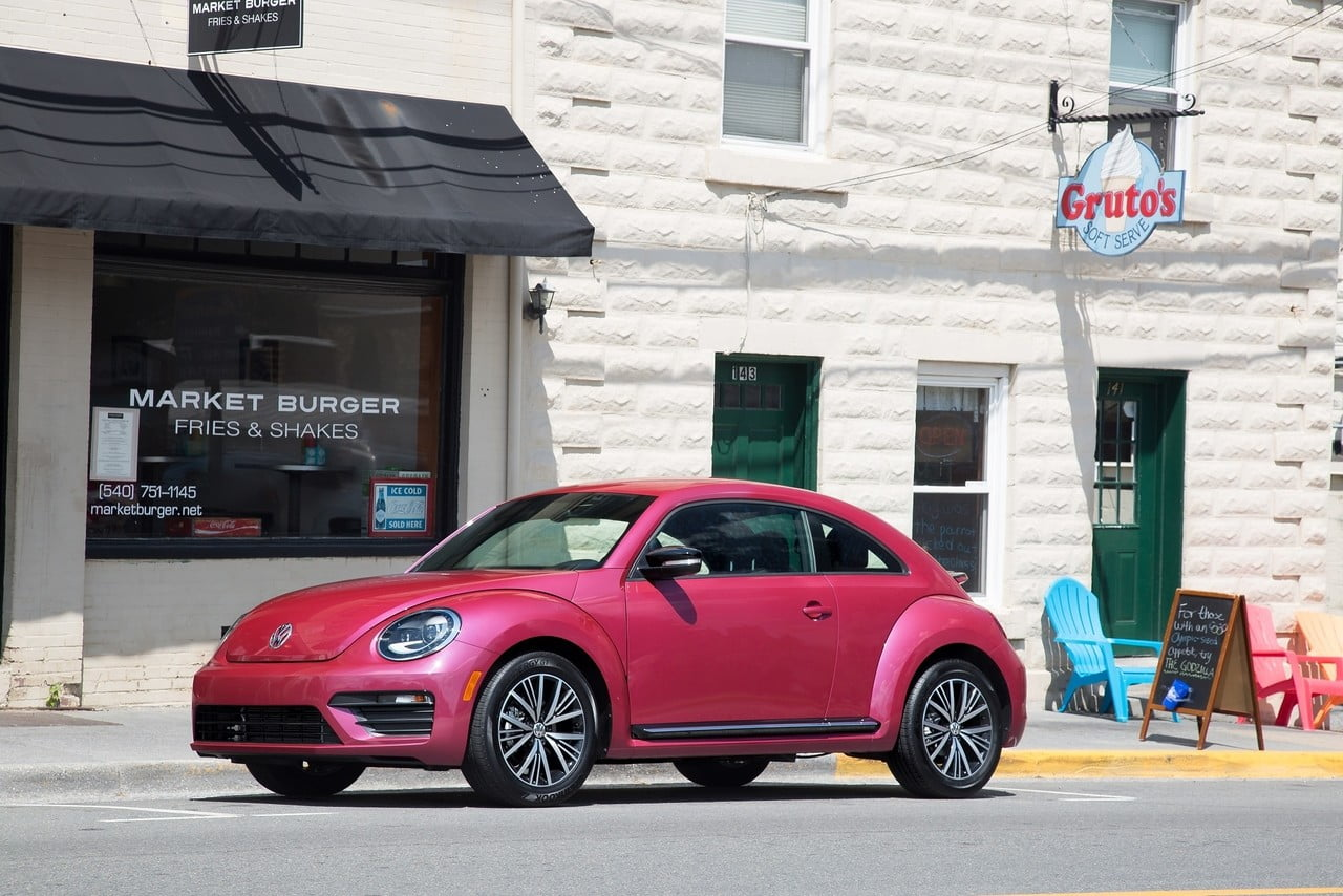 VW auctioning limited-edition pink Beetle to raise breast cancer awareness