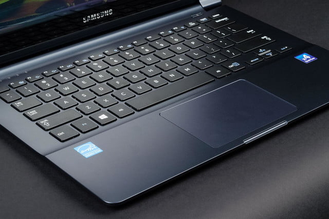 Samsung Ativ Book 9 Lite keyboard