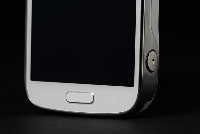 Samsung-Galaxy-S4-Zoom-home-button-macro