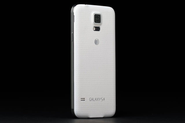 Samsung Galaxy S5 review rear 2
