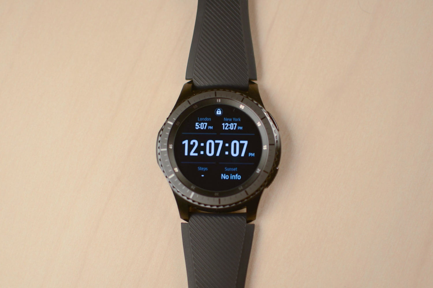 Samsung Gear S3 Frontier Review