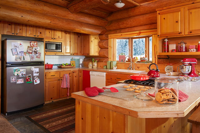 zillow lists and shows off home of santa 2 santas house kitchen 032