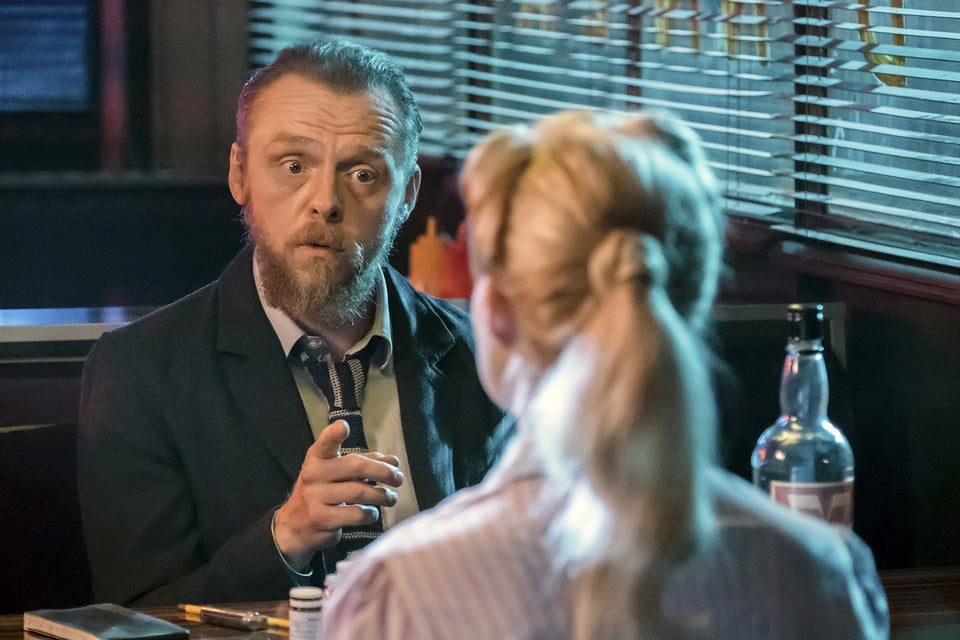 """Simon Pegg as Bill and Margot Robbie as Annie in the thriller """"Terminal"""""""
