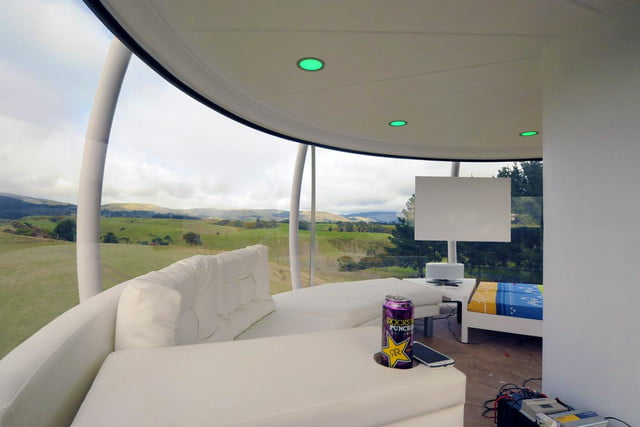 skysphere is a voice controlled man cave 33 feet in the air 6204