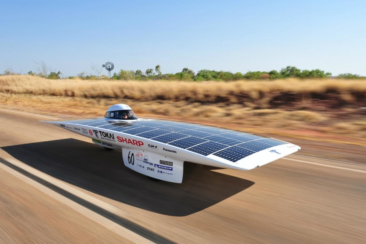 World Solar Challenge Powered Cars Begin Race Across Oz On Pinterest Car And Outback Digital Trends